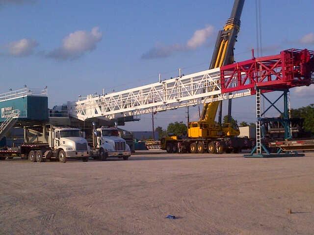 Trinidad 601 - mast up